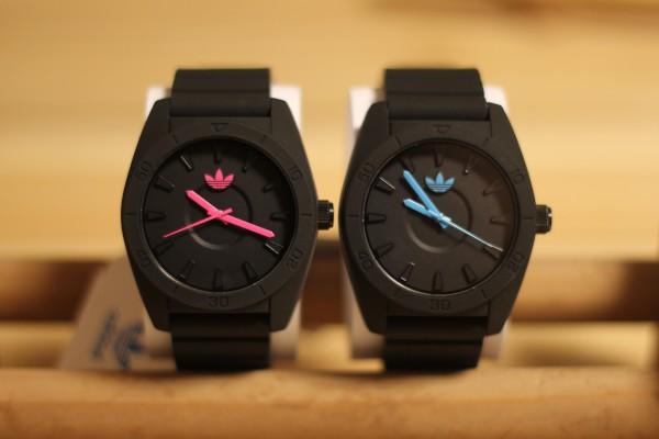 adidas SANTIAGO ペア腕時計(ピンク・ブルー)